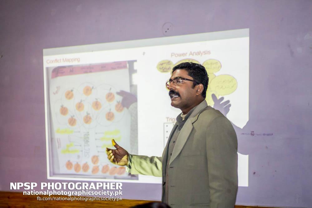 Early Warning System Workshop By Awaz In Toba Tek Singh-69