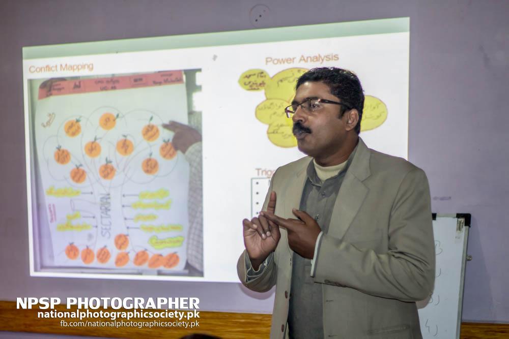 Early Warning System Workshop By Awaz In Toba Tek Singh-70